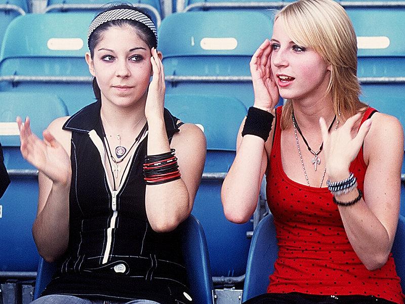 Weibliche Fans des Milton Keynes Dons FC