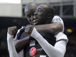 Demba Ba (hinten) und Papiss Demba Cissé