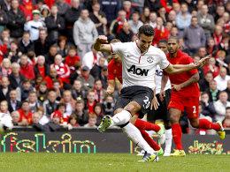 Anders als in Southampton war Robin van Persie vom Elfmeterpunkt erfolgreich
