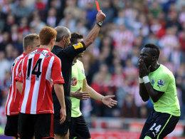 Cheik Tioté sieht Rot im Derby in Sunderland