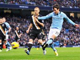 Blitzstart: David Silva (re.) brachte Manchester City gegen den FC Fulham nach 95 Sekunden in Front.