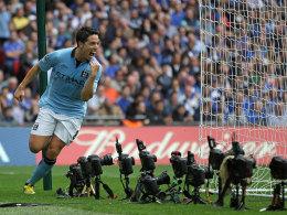 Samir Nasri (Manchester City) feiert sein Tor zum 1:0