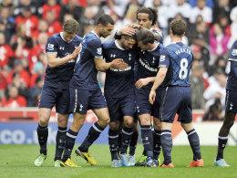 Dempsey lässt sich in Stoke feiern