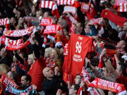 Niemals werden sie das vergessen: Zehntausende gedachten in Liverpool dem größten Unglück der Fußball-Geschichte.