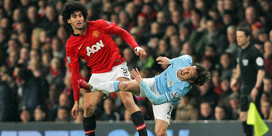 Marouane Fellaini gegen David Silva