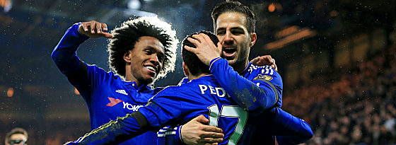 Party in blau: Willian, Pedro und Cesc Fabregas (v.li.).