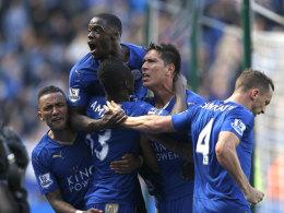 Wilde Pfiffe, wildes Finale: Leicester feiert ein 2:2
