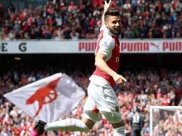 Arsenal f�ngt Tottenham noch ab - �zil verpasst Rekord