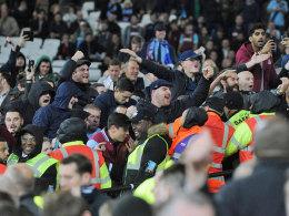 Gewalt in England: Wenger sieht kein Hooligan-Problem