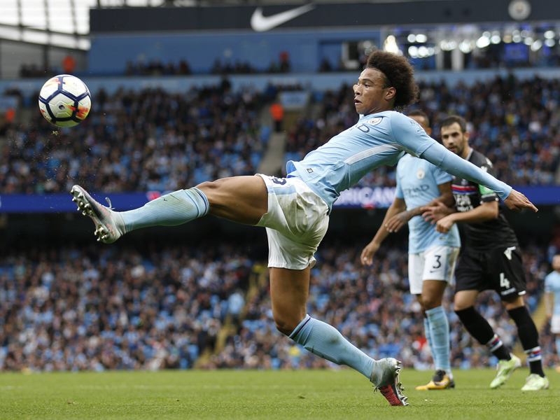 Manchester City siegt 5:0 dank Sané - Huddersfield nur remis