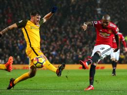 Kane rettet Spurs ein Remis - ManUnited siegt glücklich