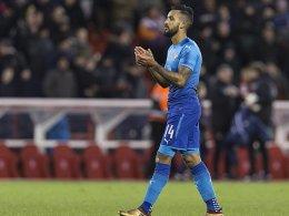 Everton verhandelt mit Walcott -