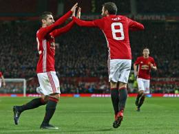 Mata und Fellaini bringen United dem Finale nahe