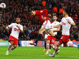 3:2! Ibrahimovic köpft ManUnited zum Ligapokalsieg