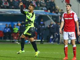 Bis 2020: Huddersfield verpflichtet Kachunga