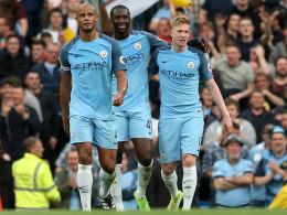 City auf der Pole - Sanchez hält Arsenal im Rennen