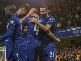 Gleich zwei Eigentore helfen Chelsea