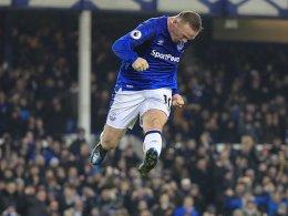 Erst vergeben, dann drin: Rooneys Elfmeter helfen Everton