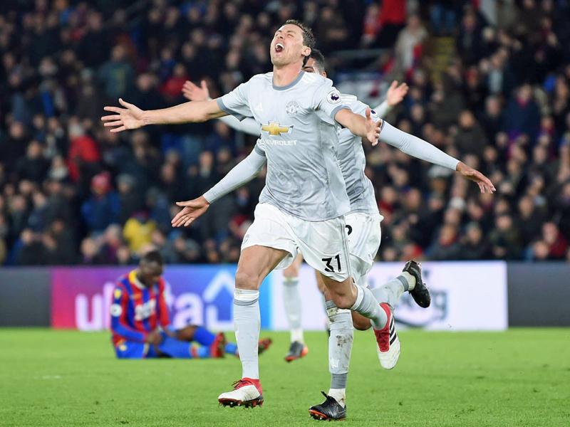 Manchester United nach spätem Siegtor wieder Zweiter