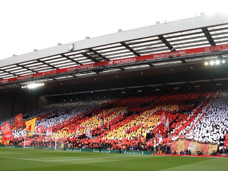 Die Fans des FC Liverpool erinnerten mit einer Choreographie an die 96 Opfer der Hillsborough-Katastrophe vor 30 Jahren.
