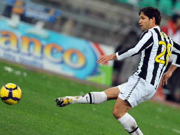 Wurde immer wieder Opfer von gezielten Laserstrahlen: Juventus Turins Diego.