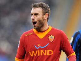 Reif für die Insel? Roma-Urgestein Daniele de Rossi soll sich mit Manchester City bereits einig sein.