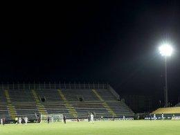 Am Sonntag blieben die Lichter im Stadio Is Arenas komplett aus.