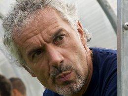 Bleibt in Parma am Ruder: Roberto Donadoni.