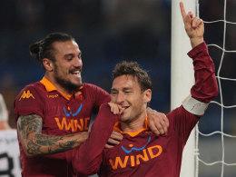 Römische Torjäger: Osvaldo und Totti.