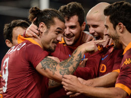 Erlösung vom Punkt: Die Roma jubelt mit Pablo Osvaldo.