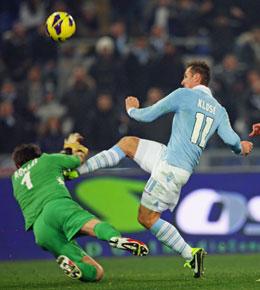 Miroslav Klose gegen Michael Agazzi