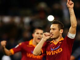 Totti wieder treffsicher vom Punkt: 1:0 für die Roma gegen Inter.