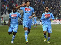 Groß im Mittelpunkt: Edinson Cavani führte Napoli mit seinem später Treffer zum Sieg.