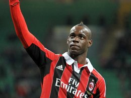 Traf auch bei seinem zweiten Auftritt im Milan-Trikot: Mario Balotelli.