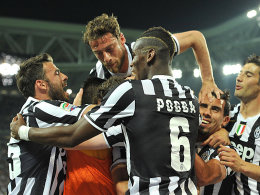 Jubeltraube: Turiner freuen sich über das 1:0.