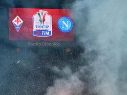 Im und rund um das Stadio Olimpico kam es beim Pokalfinale zwischen Florenz und Napoli zu schweren Krawallen mit sechs Verletzten.