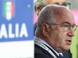Italiens neuer Verbandschef Carlo Tavecchio will in der Serie A den Videobeweis einführen.