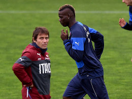Conte verspottet Balotelli: