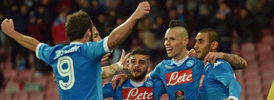 Napolis Matchwinner gegen Torino: Hamsik (Mi.) besorgte den 2:1-Siegtreffer.