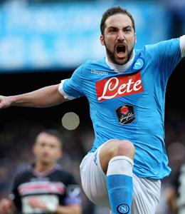 Wieder einmal sorgte er f�r die Entscheidung - und diesmal auch f�r einen Vereinsrekord: Gonzalo Higuain (SSC Neapel).