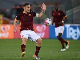 Totti rettet Roma - Milan h�lt Lazio in Schach