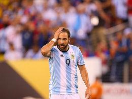 In Neapel derzeit nicht mehr ganz so beliebt: Gonzalo Higuain.