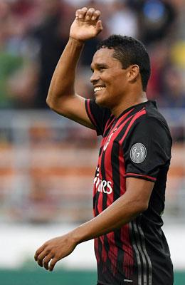 Einer der beiden Matchwinner f�r Milan: Carlos Bacca netzte dreimal ein.