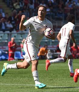 Letztes Tor mit 39: Francesco Totti schraubte seine Serie-A-Bilanz vom Punkt auf 250 Treffer.