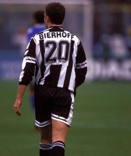Da war die Welt in Udine noch in Ordnung: 1997/98 wurde Oliver Bierhoff Torschützenkönig und Udine Dritter.