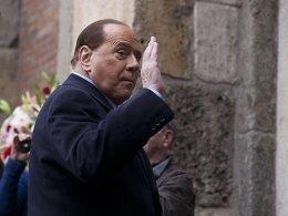 Krise bei Milan: Berlusconi fühlt sich schlecht