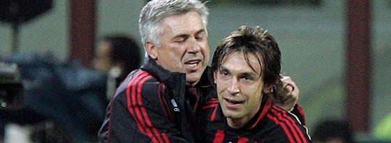 Carlo Ancelotti (links) und Andrea Pirlo