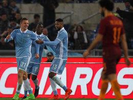 Lazio verpasst der Roma zwei Nackenschläge