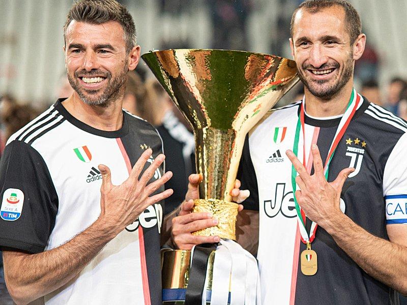 Andrea Barzagli (links) und Giorgio Chiellini