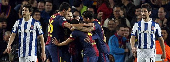 Reichlich Grund zur Freude: Barça jubelt in einem einseitigen Derby.